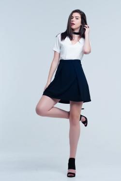 Robe mini blanche et noir